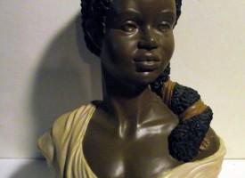 Statues & Ceramics